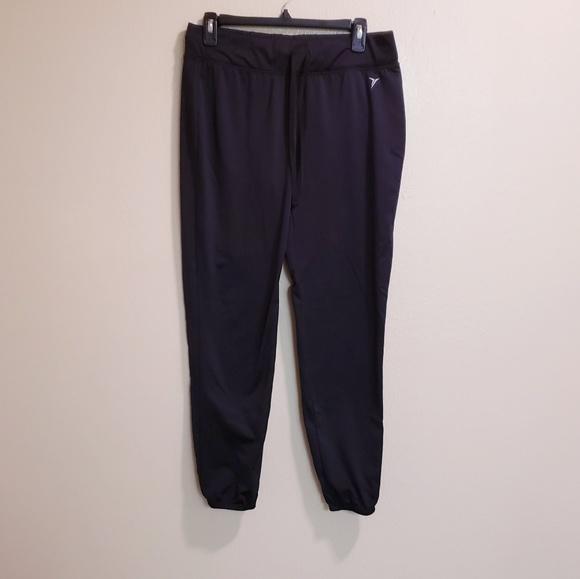 e8550a4387 🔥SALE Old navy active go-dryathletic jogger pants